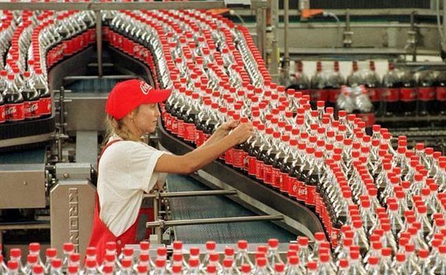 La embotelladora de Coca-Cola renueva consejeros