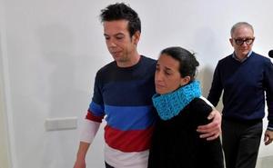 Los padres de Gabriel se aferran a la posibilidad de que sea un rapto
