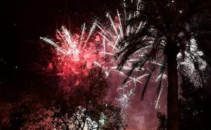 Fotos de la mascletà nocturna de colores del sábado 10 de marzo en las Fallas 2018