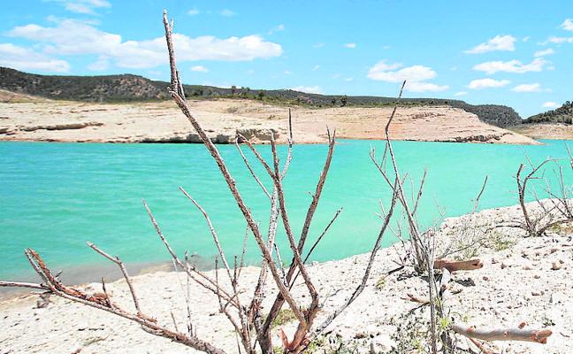 Las últimas lluvias aumentan el agua almacenada en la Comunitat, pero no acaban con la sequía