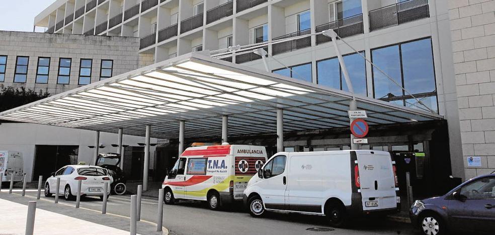 El Hospital de Alzira informa en una carta de la pérdida de servicios tras la reversión