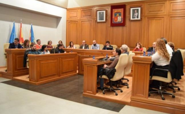 La bajada de sueldo de los concejales desata la polémica en Burjassot