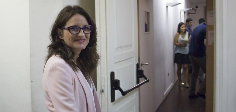 La vicepresidenta se queja de que el Senado la llame a declarar en la semana fallera