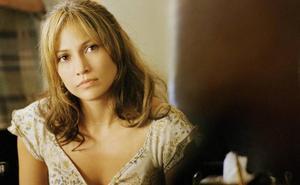 Jennifer Lopez fue presionada para mostrar el pecho en una de sus primeras películas