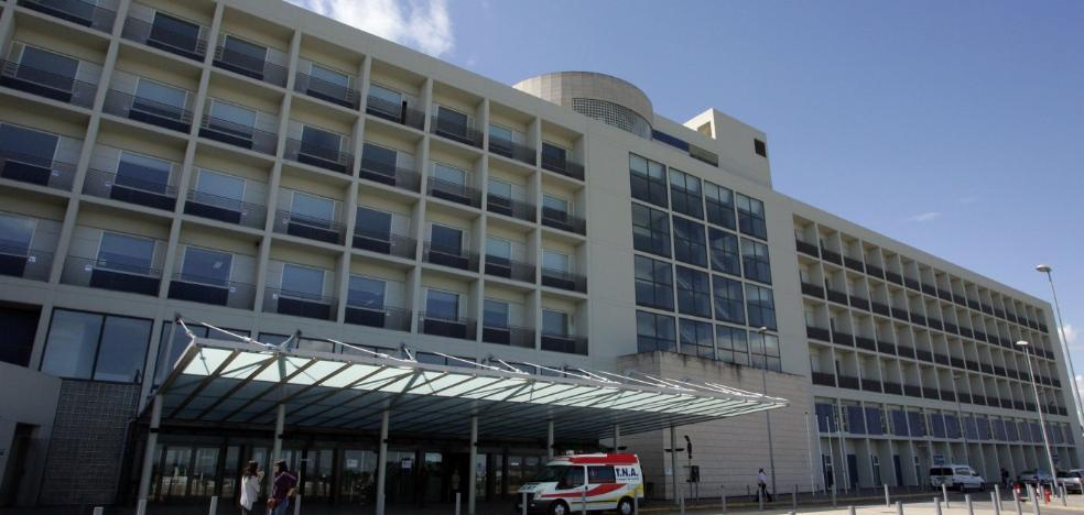 El PP denuncia que el hospital de Alzira dejará de operar a niños tras la reversión