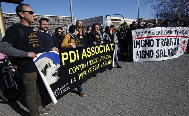 Las universidades presionarán a Marzà para subir el salario de los asociados