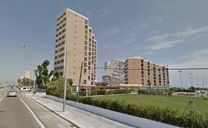 Un trabajador muere al caer desde un noveno piso en El Perellonet