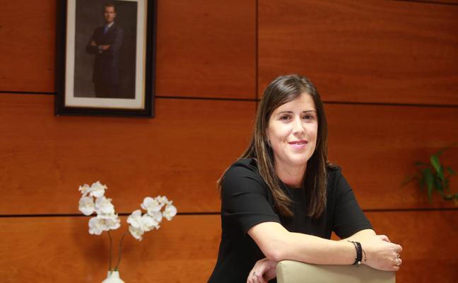 Pilar Fúnez: «En nuestros coches ya llevamos más pantallas de las que podemos atender»