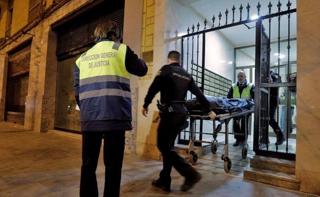 El cadáver emparedado en un piso es de un hombre que murió hace más de cinco años