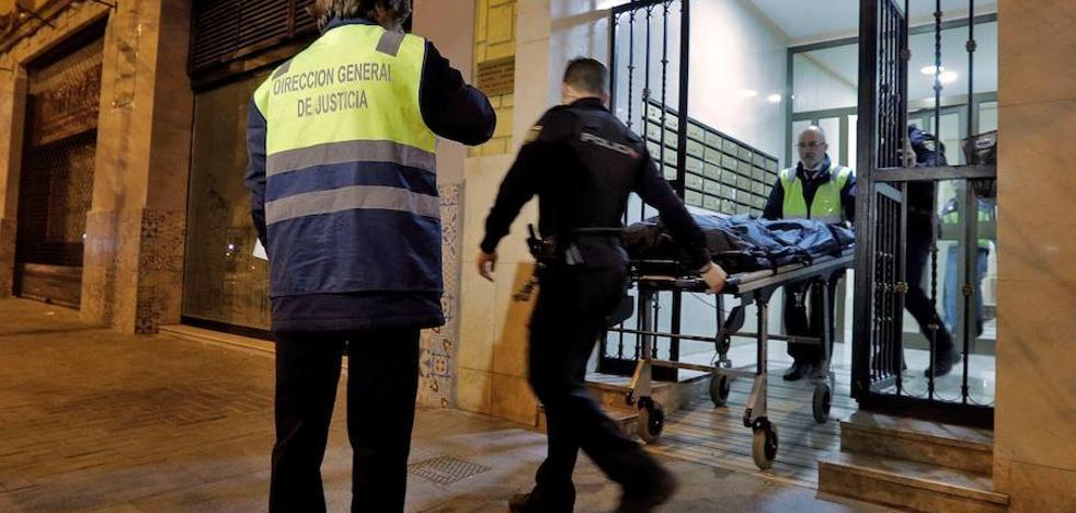 El cadáver emparedado en un piso es de un hombre que murió hace más de una década