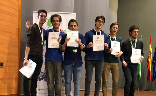 Cuatro alumnos de la Comunitat, medallistas en la Olimpiada Matemática