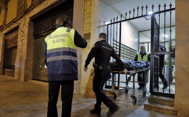 La policía trata de localizar a moradores del piso de Benimaclet donde emparedaron el cadáver