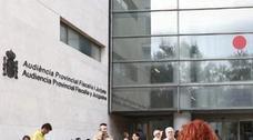 Prisión para tres amigos que violaron varias veces a una mujer en Valencia tras drogarla