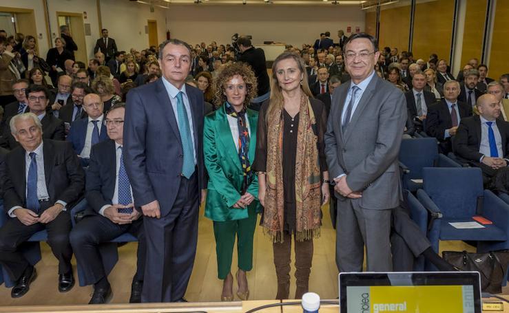 La CEV estrena cúpula provincial y reelegirá a Navarro el 3 de mayo