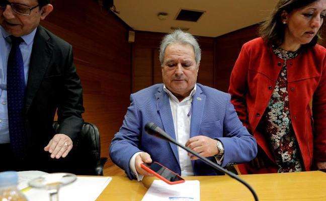 Alfonso Rus niega una caja B en el PP valenciano y pone la mano en el fuego por Camps