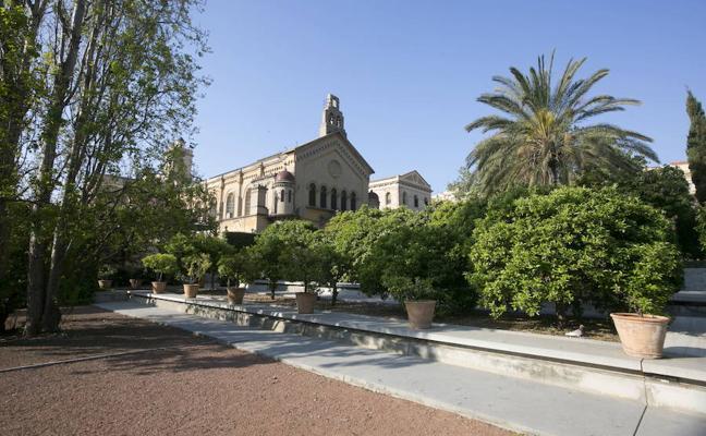 El Ayuntamiento cierra hoy parques y jardines por el fuerte viento