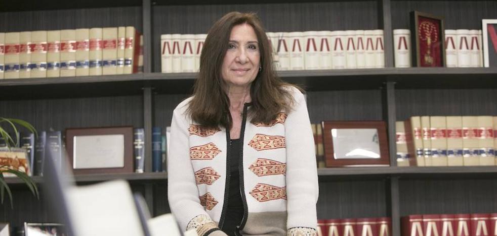 Auxiliadora Borja: «La multa de Bruselas la tiene que abonar el Valencia pero Meriton da tesorería para enfrentarse a estos pagos»