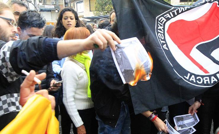 Fotos de la concentración en Valencia a favor del independentismo catalán