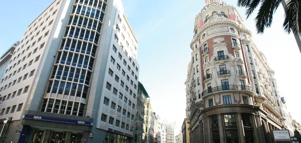 Los retrasos de dos años en licencias de obra disuaden a las empresas de elegir Valencia