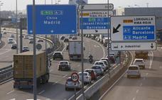 Las vacaciones de Semana Santa empiezan con retenciones en la carreteras valencianas