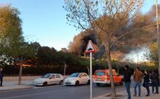 Un incendio causa una gran alarma en Xàtiva