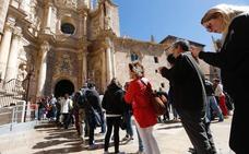 Valencia se llena de turistas también en Semana Santa