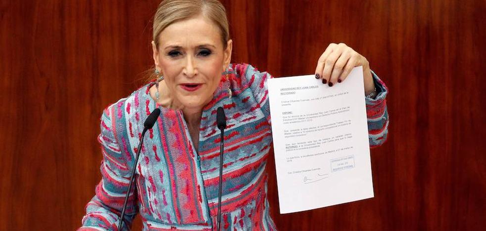 Cifuentes se resiste a dimitir: «Ni mi currículum ni mis calificaciones han sido falseadas ni falsificadas»