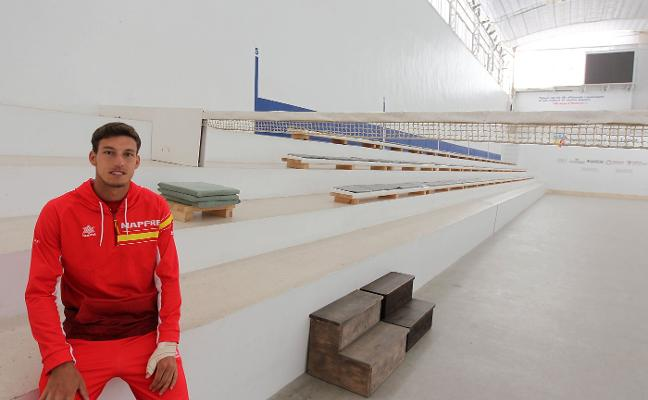 «En la Comunitat hay tenistas y clima, lo tiene todo para entrenar a altísimo nivel»