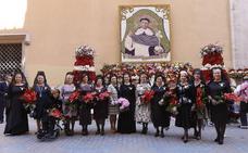 Ofrenda de los Altares a San Vicente