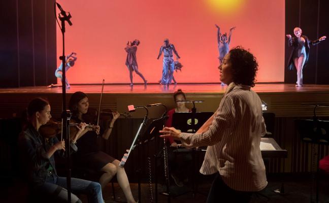 Beatriz Fernández, la primera valenciana en dirigir a la Orquesta de la Comunitat