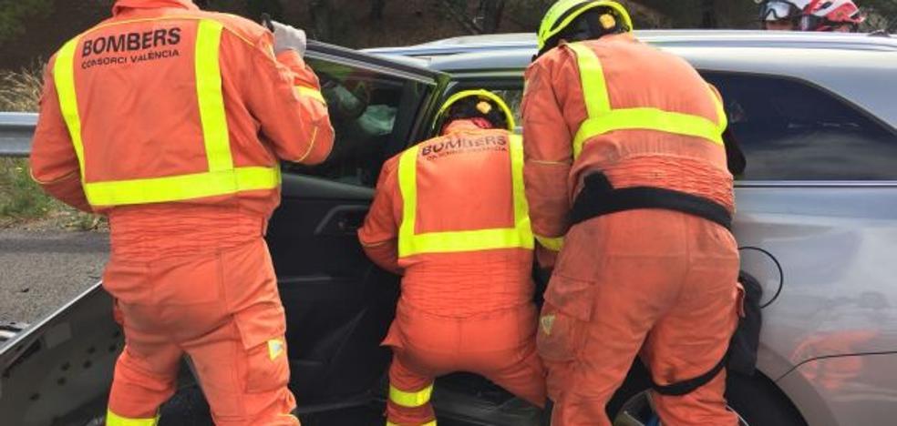 Un muerto y un herido en un accidente múltiple en Manises