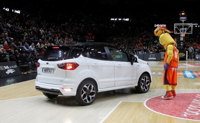 Ford Montalt, con el Ecosport en el basket