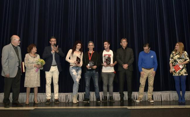 La portuguesa Solange Kardinaly gana el Concurso de Magos de Almussafes
