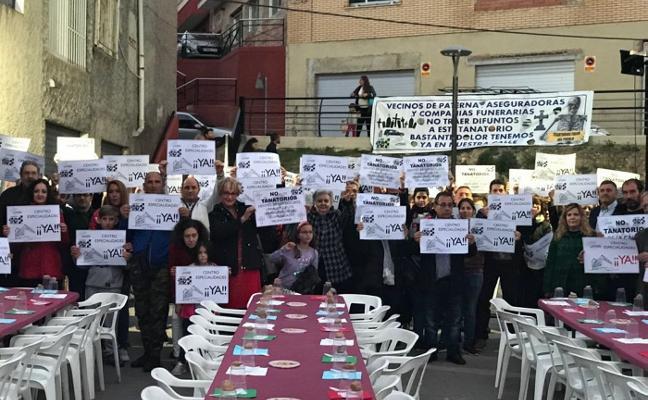 Nueva protesta contra el tanatorio de Paterna