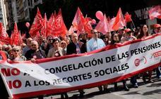 Miles de valencianos exigen unas pensiones dignas