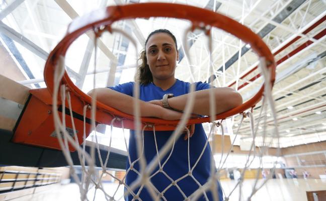 Gloria Argente: «Estamos recuperando el baloncesto femenino»