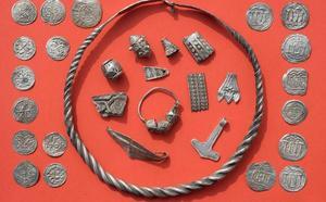 Un niño de 13 años descubre un tesoro vikingo de un célebre rey danés del siglo X