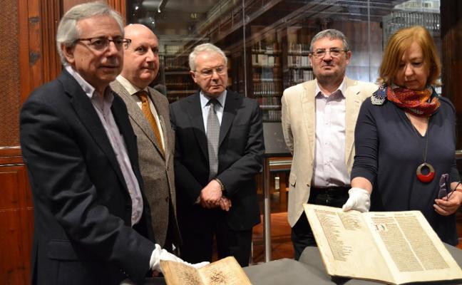 Dos nuevas joyas literarias engrosan los fondos de la Universitat