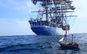 El barco pirata de Playmobil de dos niños logra cruzar navegando el océano Atlántico