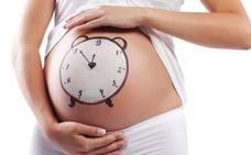Les Corts piden aumentar a 18 semanas el permiso de maternidad y paternidad