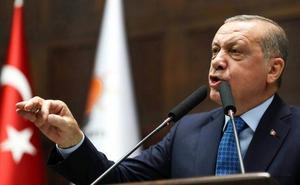 Erdogan adelanta un año y medio las elecciones turcas