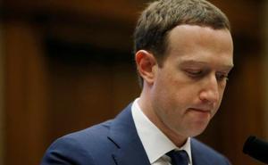 El Parlamento europeo reclama la comparecencia de Zuckerberg