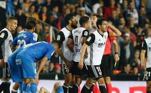 El Valencia CF presenta alegaciones por la roja a Parejo