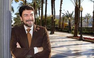 El PP recupera por un tránsfuga la alcaldía de Alicante