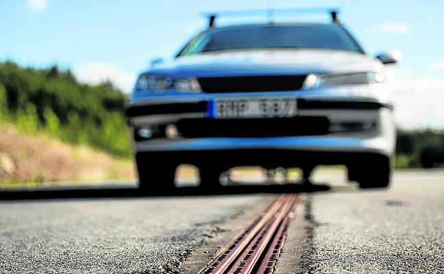 Suecia inaugura la primera carretera electrificada del mundo