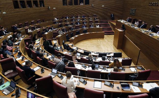 Les Corts pospone la reforma del Jurídic por las deficiencias del texto legal