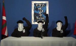 El perdón selectivo de ETA provoca el rechazo de las asociaciones de víctimas