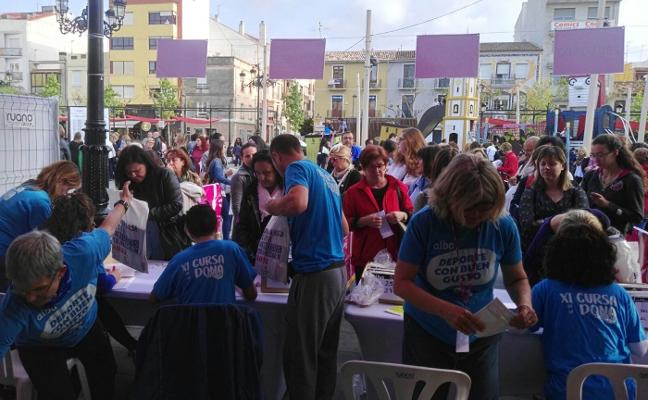 Más de 7.000 mujeres participan en la Cursa de la Dona de Gandia
