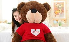 Detenidos dos menores por robar un oso de peluche de 150 euros en Torrent