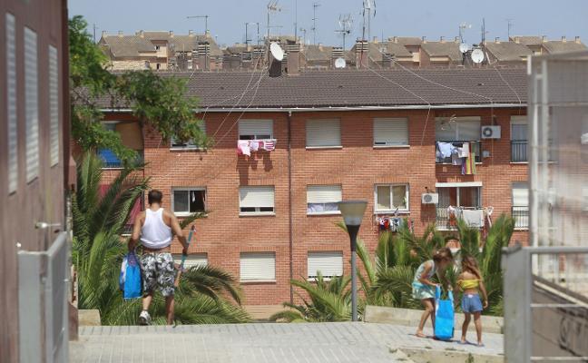 Paterna recepciona La Coma 40 años después para atajar la degradación en el barrio
